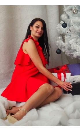 Elegancka sukienka w kolorze czerwonym, Wizytowe stylizacje na chrzciny lub komunię od Choice