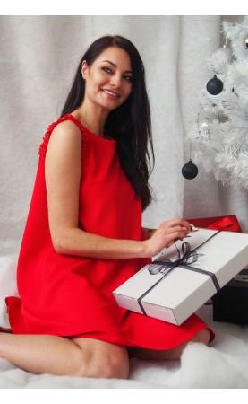 Czerwona sukienka mini z dekoltem w łódkę, Eleganckie stylizacje na każdą okazję od Choice