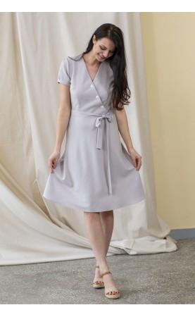 Casualowa sukienka z pięknym dekoltem, Unikatowe kreacje na uroczystości rodzinne od Choice