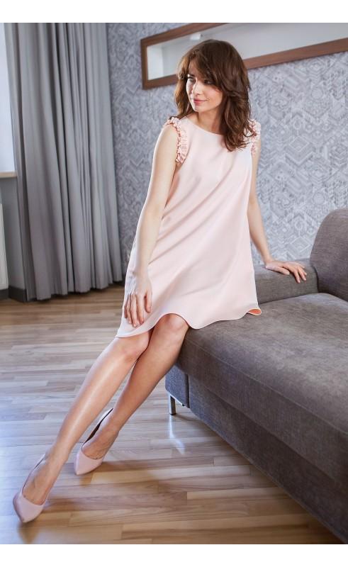 Zniewalająco piękna kreacja na komunię lub chrzciny, Reprezentatywne sukienki wieczorowe od Choice