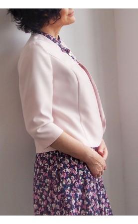 Taliowany żakiet w kolorze jasnoróżowym, Krótkie marynarki do sukienek od Choice