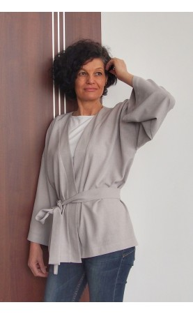 Komfortowe kimono do pracy w biurze, Nowoczesne narzutki na plażę od Choice