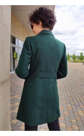 Taliowany płaszcz o kobiecym kroju, Ponadczasowe okrycia wierzchnie z dwurzędowym zapięciem od Choice