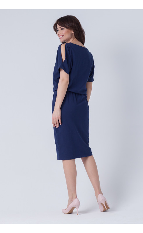 Stylowa sukienka za kolano, Granatowe kreacje dla zapracowanych kobiet od Choice