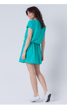 Zielona sukienka z marszczoną falbaną, Sportowe stylizacje na lato od Choice