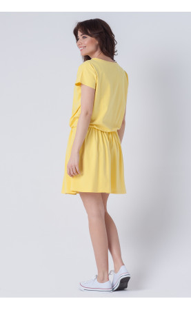 Mini sukienka z marszczonym dołem, Sportowe kreacje z krótkim rękawem od Choice