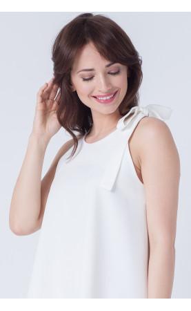 Stylowa sukienka z kokardą na ramieniu, Eleganckie kreacje wizytowe od Choice