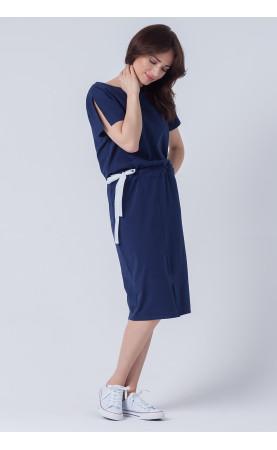 Granatowa sukienka dzianinowa, Koktajlowe kreacje na każdą okazję od Choice