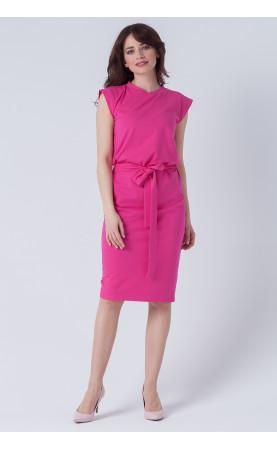 Piękna sukienka za kolano, Wizytowe kreacje na każdą okazję od Choice